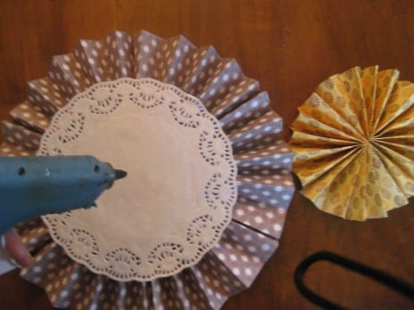 paper-rosette-tutorial-diy