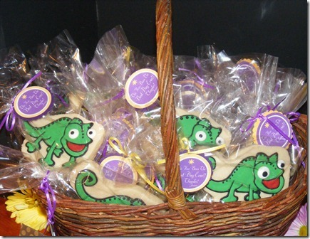 rapunzel-tangled-party-favors