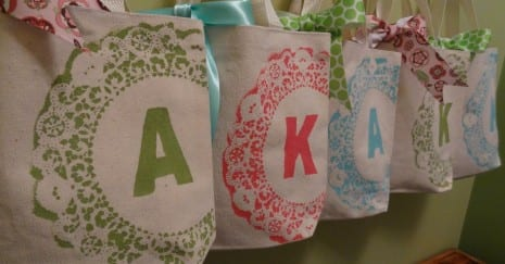 monogrammed-canvas-favor-bag-tutorial