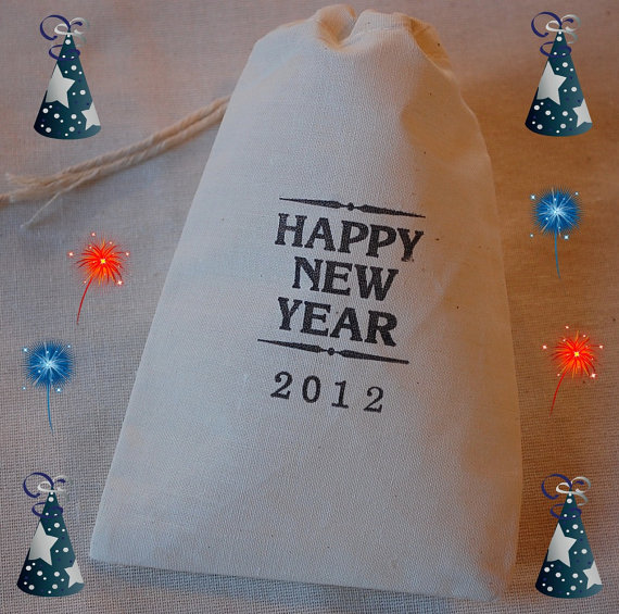 new-years-muslin-favor-bag