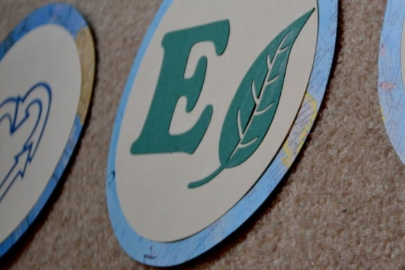 earth-day-party-banner-diy