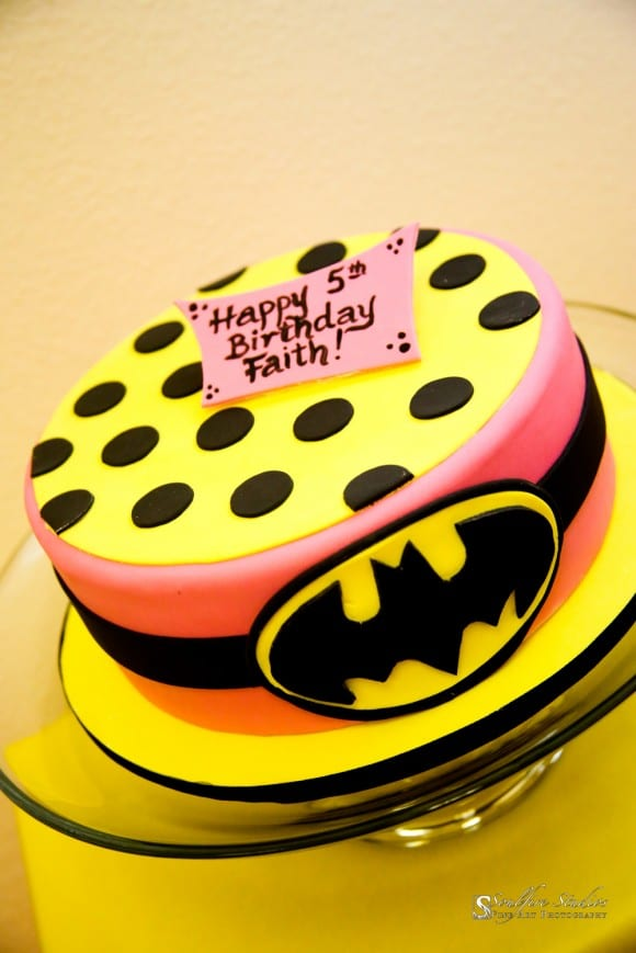 batman-batgirl-birthday-cake