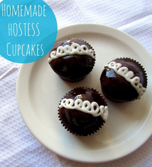 homemade-hostess-cupcakes-title