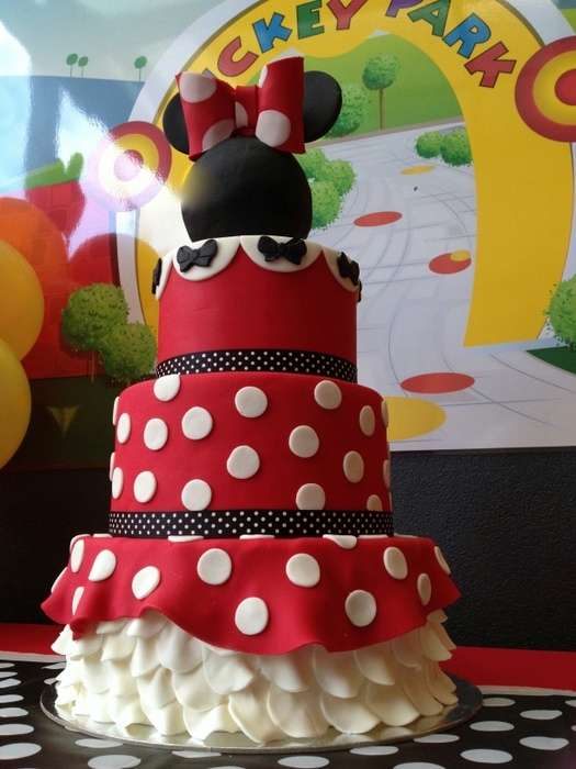 Minnie Mouse Petticoat Birthday Cake