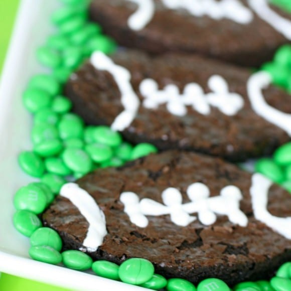 How to make football brownies