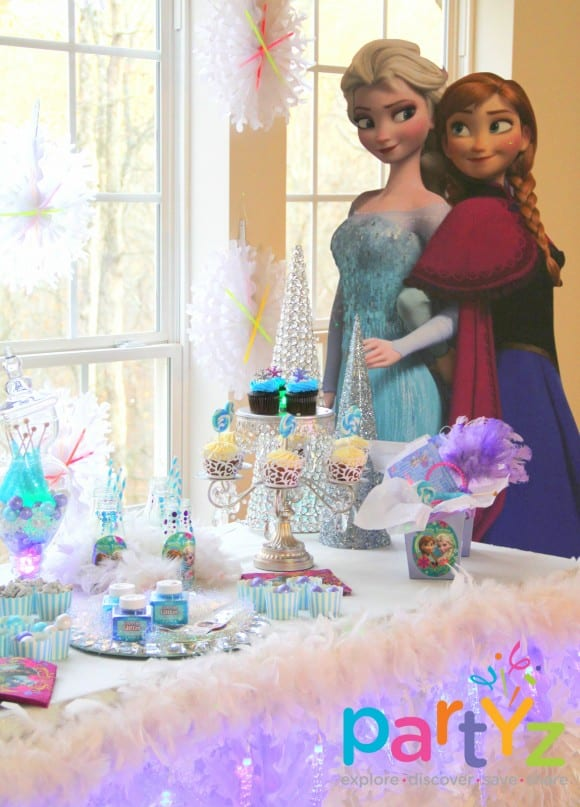 Frozen character standee decorations | catchmyparty.com