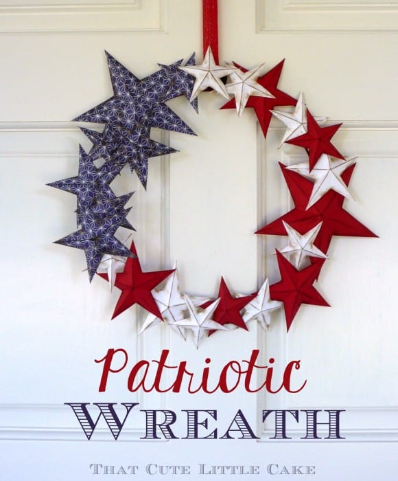 July 4th Patriotic Paper Wreath DIY | CatchMyParty.com