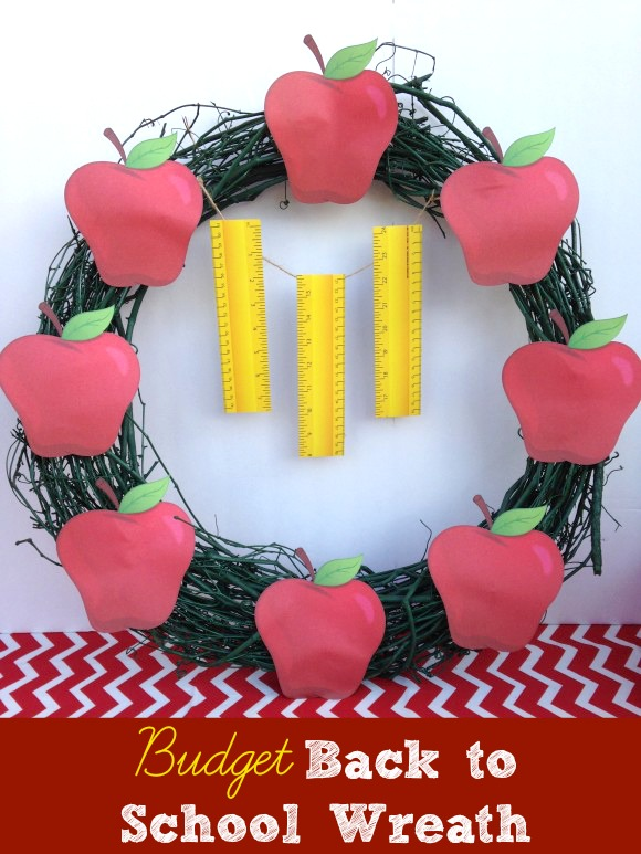 Budget-friendly back to school wreath tutorial DIY! See more crafts at CatchMyParty.com.