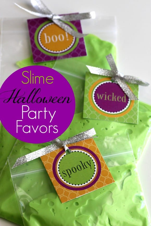 Easy slime Halloween party favors + free printables! | CatchMyParty.com