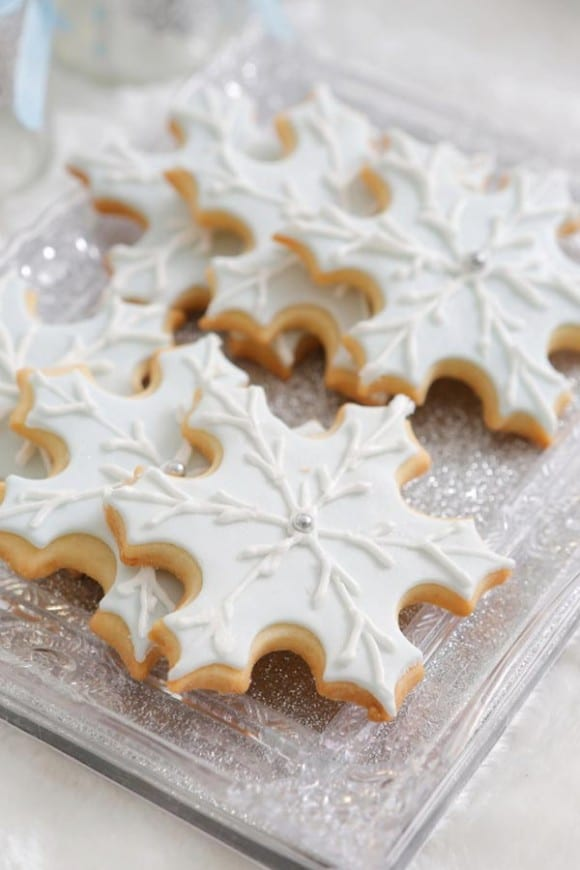 Frozen snowflake cookies | CatchMyParty.com