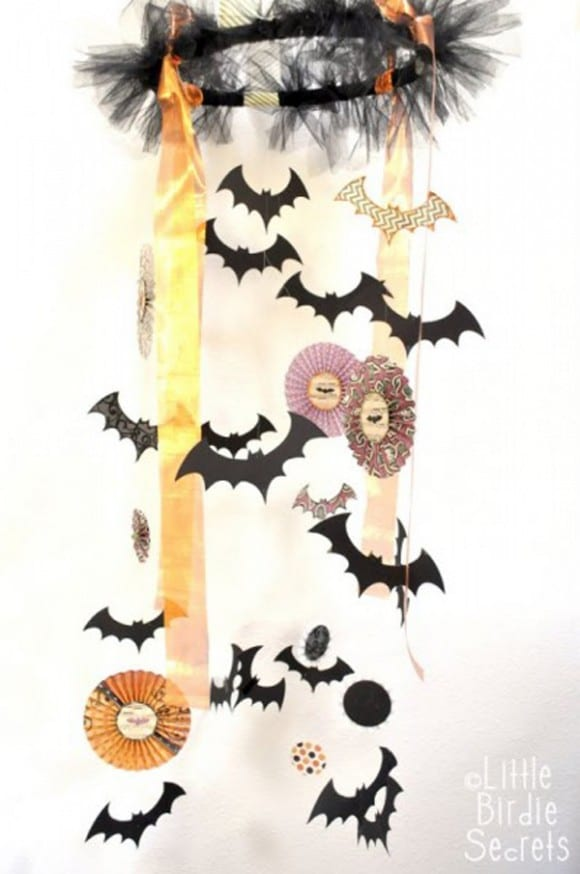 Halloween Chandelier DIY | CatchMyParty.com