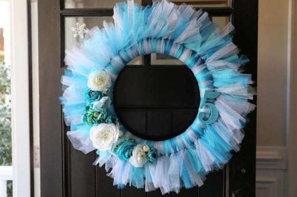 Frozen tulle wreath | CatchMyParty.com