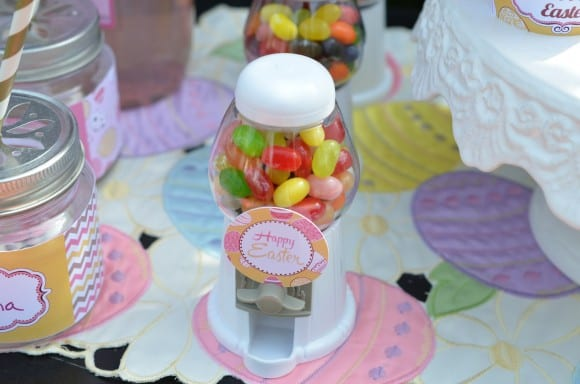 Easter party display using free printables | CatchMyParty.com