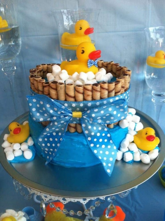 Ducky cake | CatchMyParty.com
