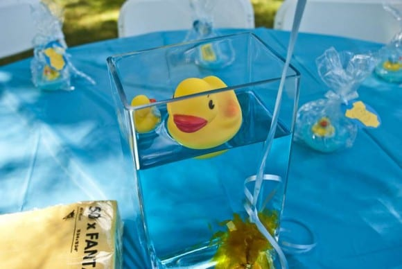 Rubber duck centerpiece | CatchMyParty.com