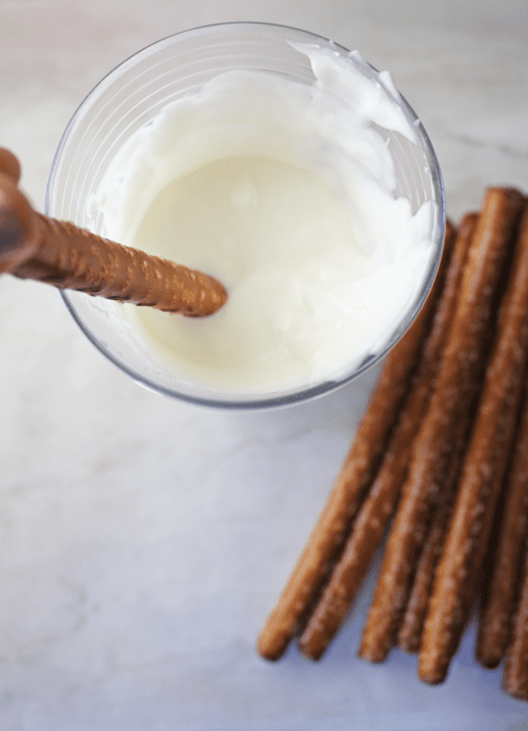 Dipping pretzel rods | CatchMyParty.com