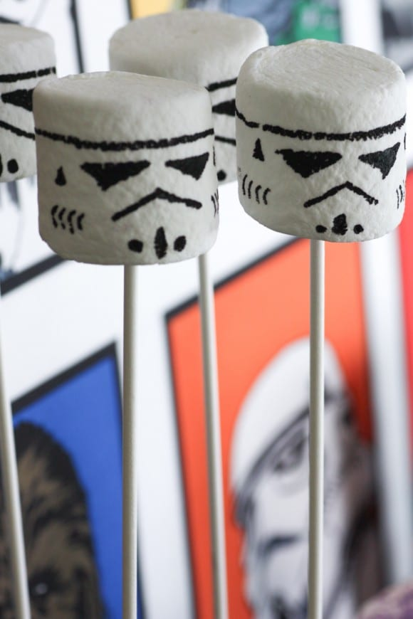 Stormtrooper Marshmallow Pops | CatchMyParty.com