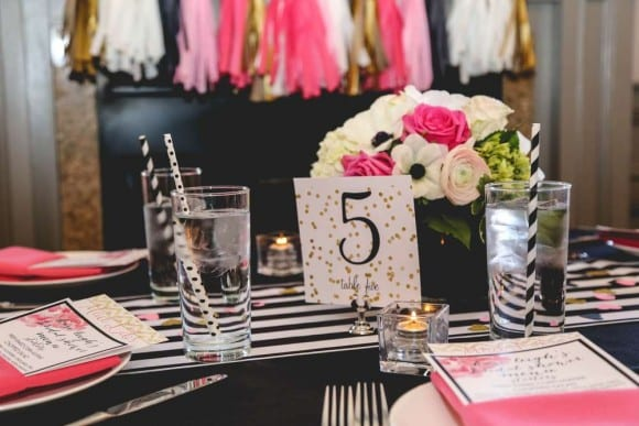 Black and white bridal shower | CatchMyParty.com