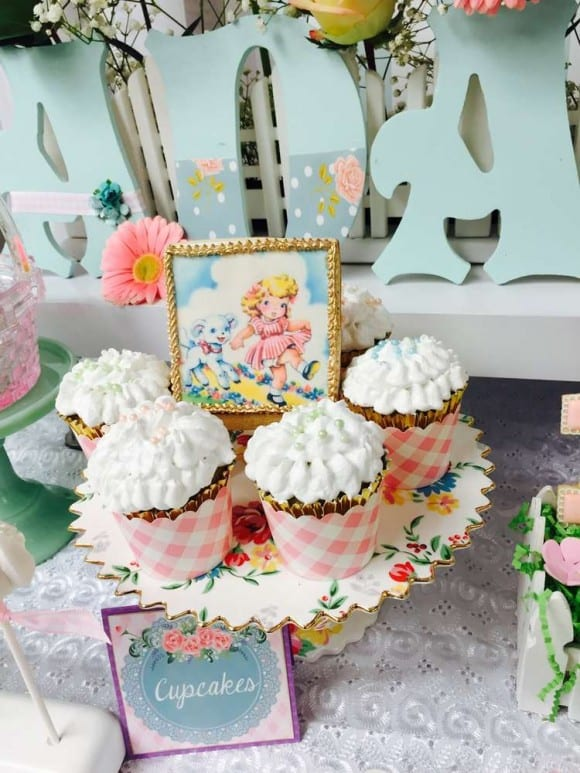 Most popular 1st birthday themes - Little Lamb party | CatchMyParty.com