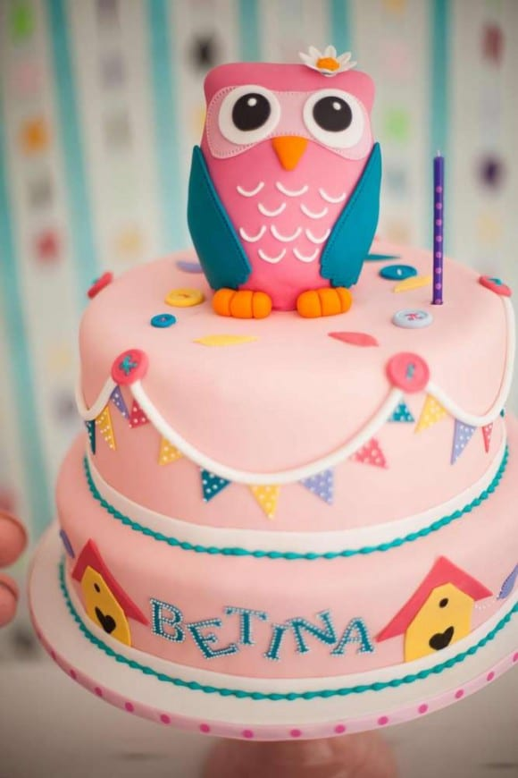Girl 1st Birthday Owl party | CatchMyParty.com