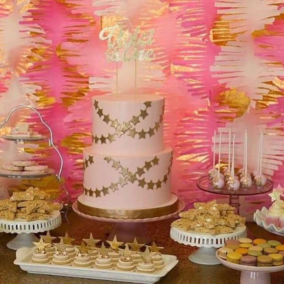 Pink and gold parties- 1st birthday| CatchMyParty.com