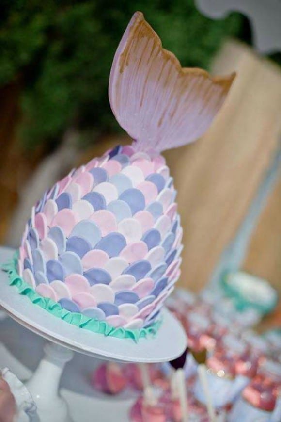 Mermaid tail cake | CatchMyParty.com