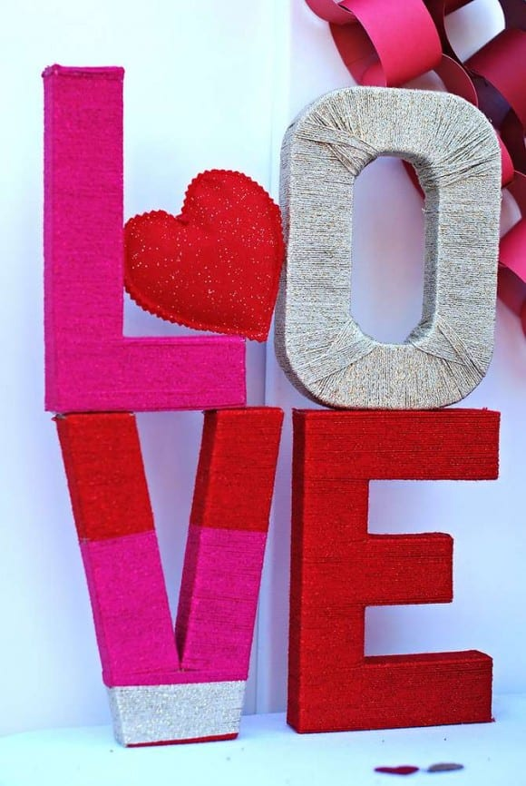 Yarn wrapped LOVE letters DIY | CatchMyParty.com