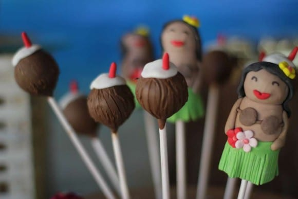 Luau cake pops | Catchmyparty.com