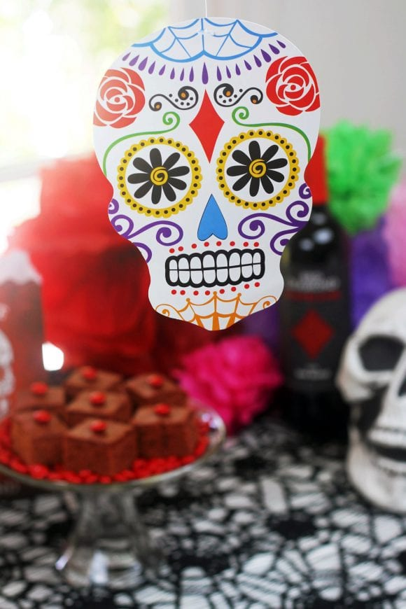 Easy Day of the Dead Cocktail Party | CatchMyParty.com
