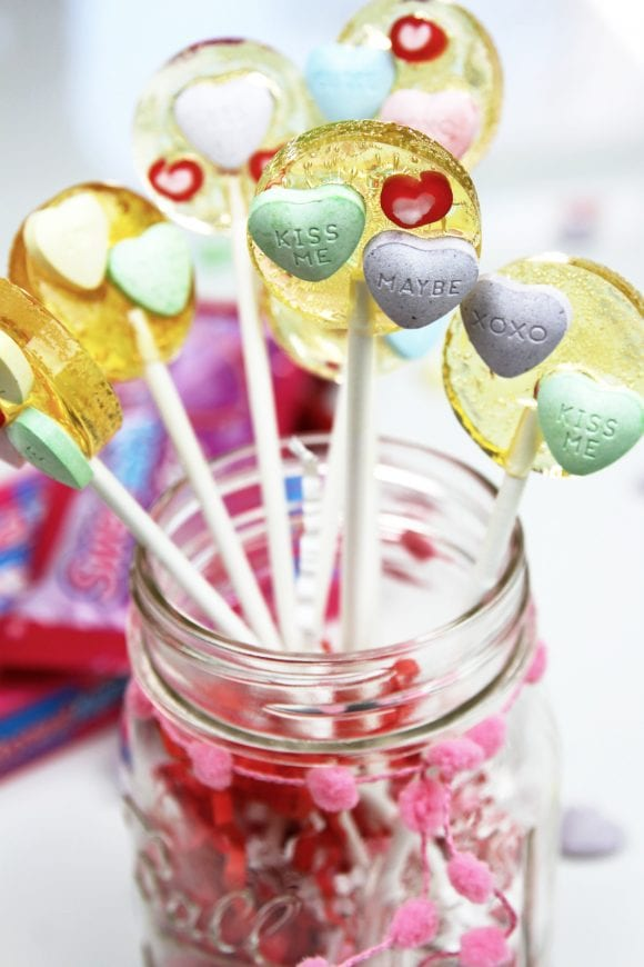 Valentine's Day SweeTARTS Lollipop Recipe | CatchMyParty.com