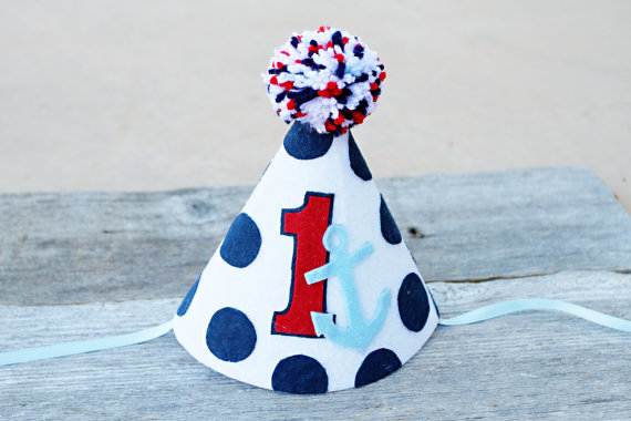 Nautical party hat | CatchMyParty.com