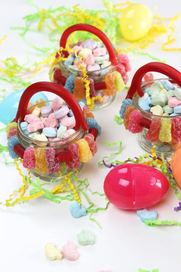 SweetTARTS Mason Jar Candy Easter Baskets DIY | CatchMyParty.com