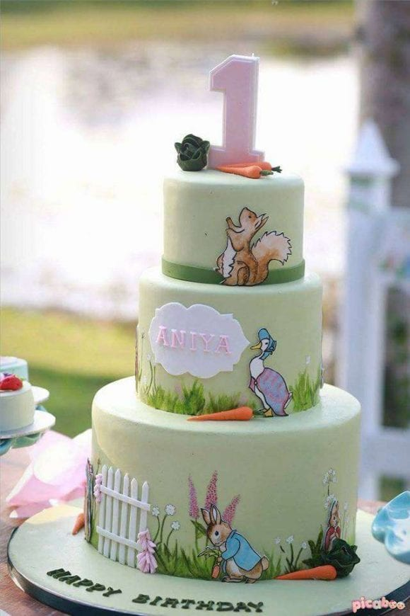 Peter Rabbit 1st birthday party| CatchMyParty.com