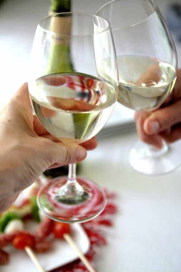 Summer Sauvignon Blanc wine | CatchMyParty.com