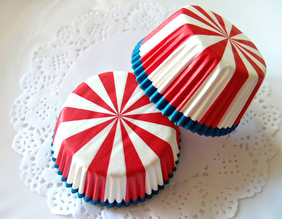 July 4th Cupcake Liners | CatchMyParty.com