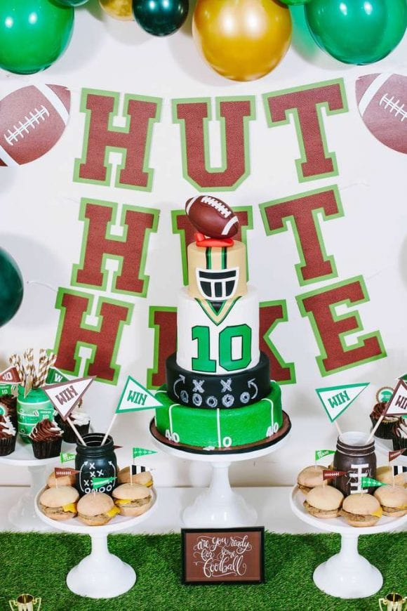 Football birthday party | CatchMyParty.com