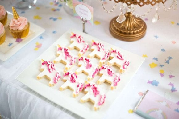 Unicorn birthday party | CatchMyParty.com