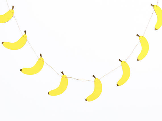 Minions Banana Garland | CatchMyParty.com
