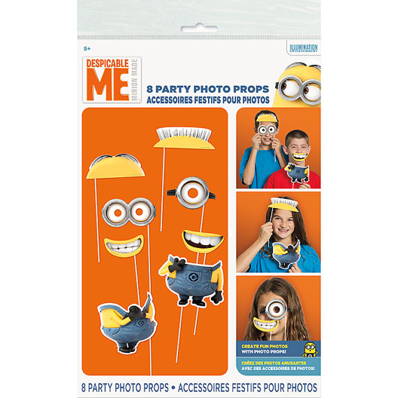 Minions photo booth props | CatchMyParty.com