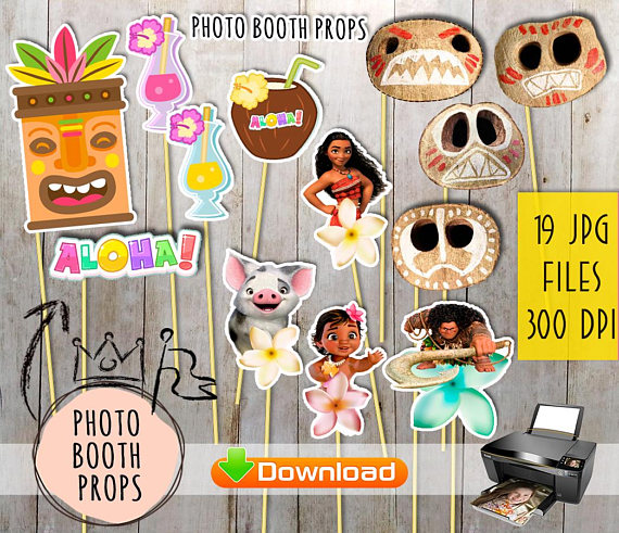 Moana photo booth props | CatchMyParty.com
