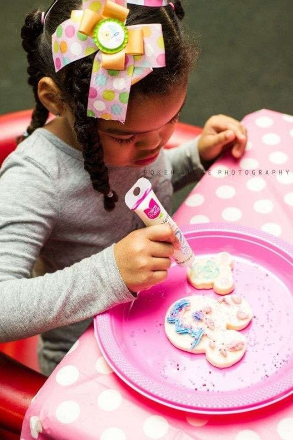 Minnie Mouse Party Activity | CatchMyParty.com