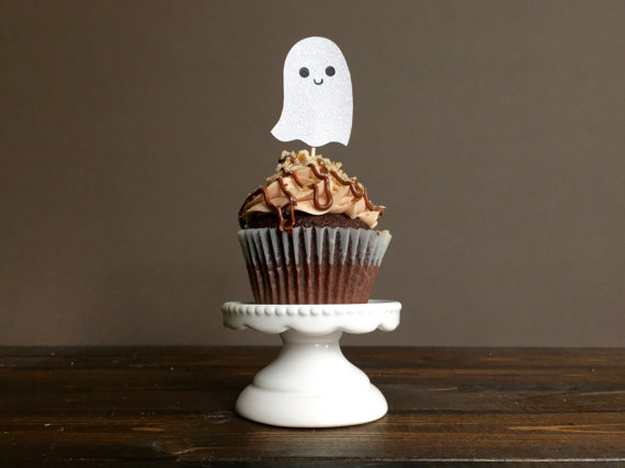 Cute Ghost Cupcake Toppers | CatchMyParty.com