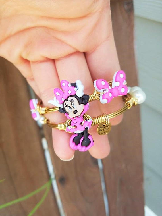 Minnie Mouse Bracelets Party Favors | CatchMyParty.com