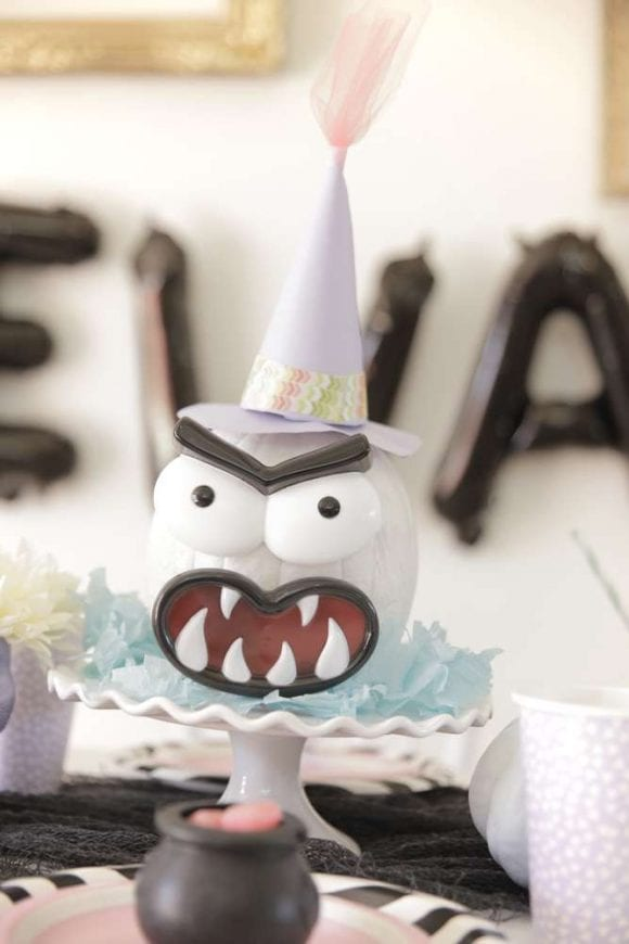 Pastel Halloween Party | CatchMyParty.com