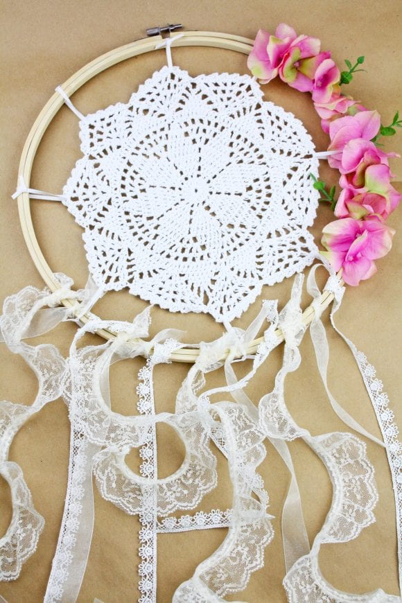 Gorgeous boho chic wreath | CatchMyParty.com