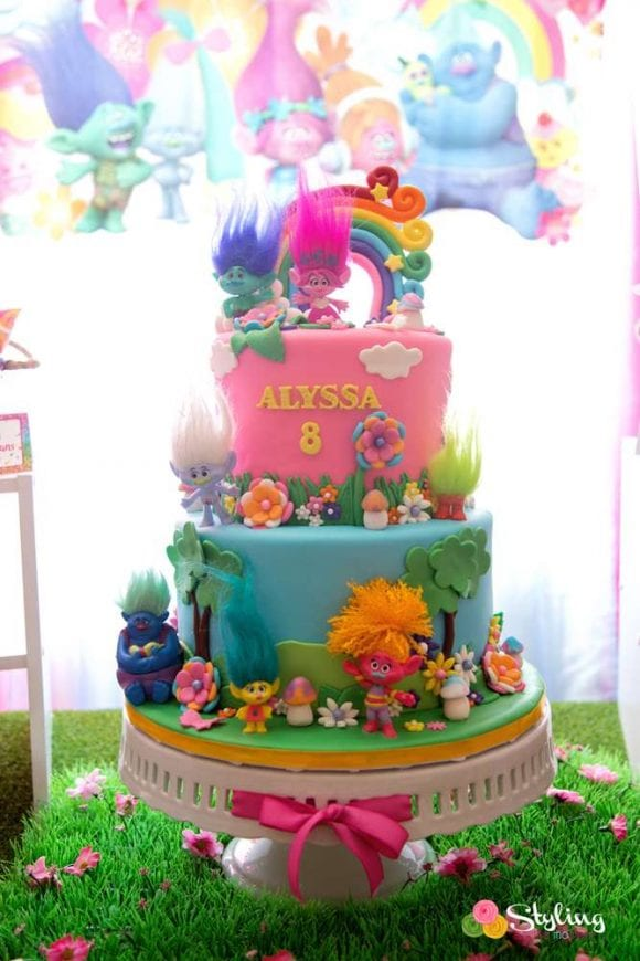 Trolls Birthday Party | CatchMyParty.com