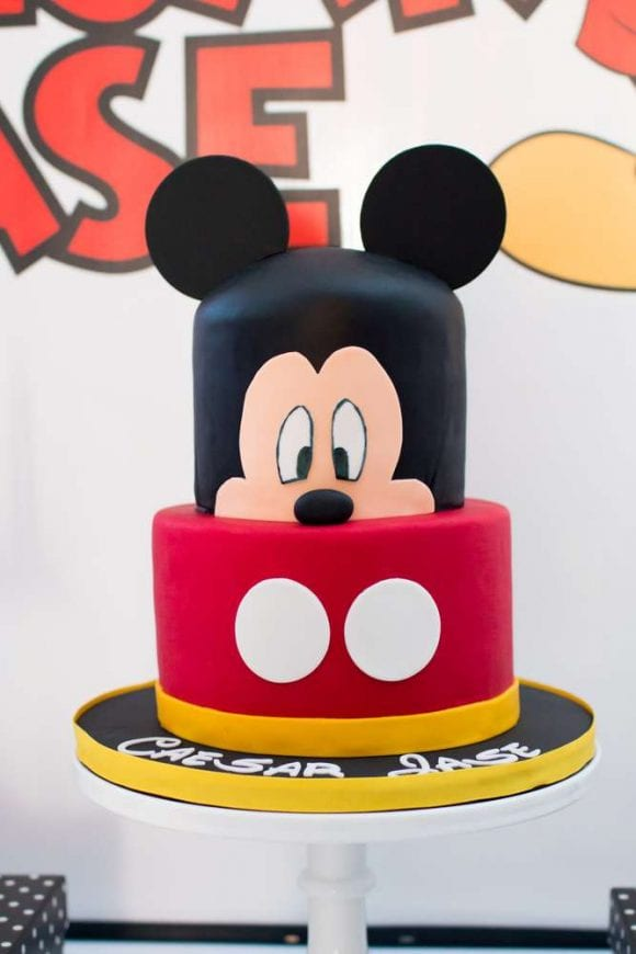 Minimalist Mickey Mouse 1st Birthday Party I CatchMyParty.com