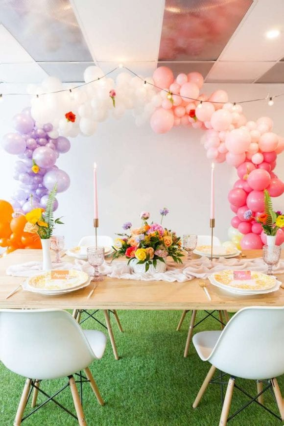 Floral birthday party | CatchMyParty.com
