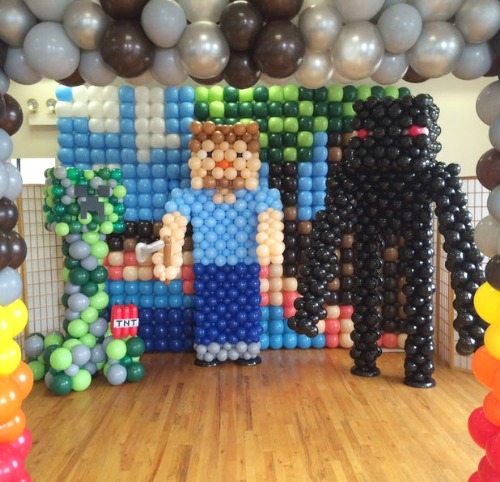 Minecraft Balloon Character
