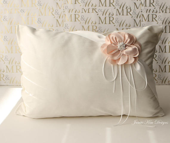 Quinceanera party supplies - Kneeling Pillow | CatchMyParty.com